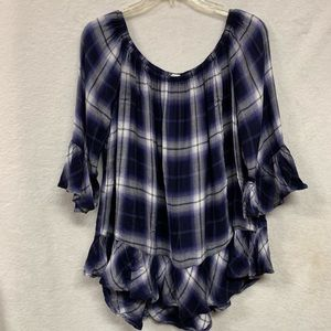 Beachlunchlove Plaid shirt with ruffles Large w